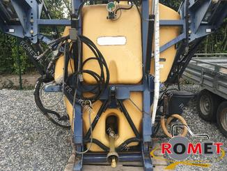 Tractor-mounted sprayer Caruelle OLYMPIA100 - 2