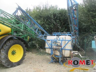 Tractor-mounted sprayer Blanchard PUISSANCE PB210 - 1