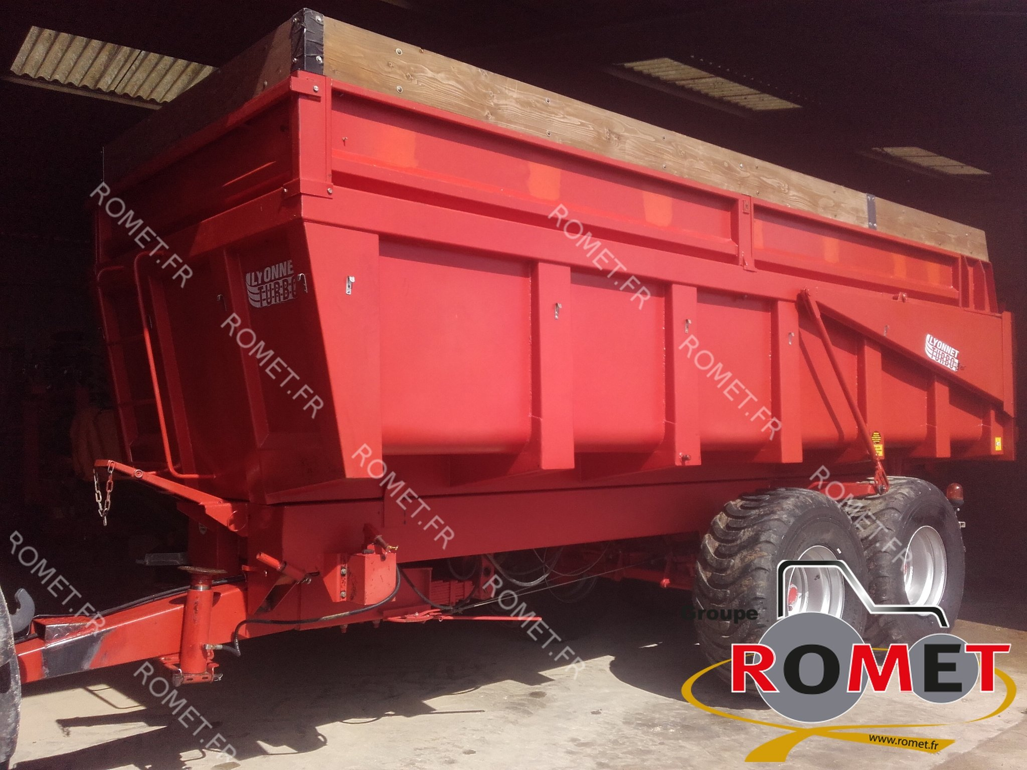 Cereal tipping trailer Lyonnet BL14 - 1