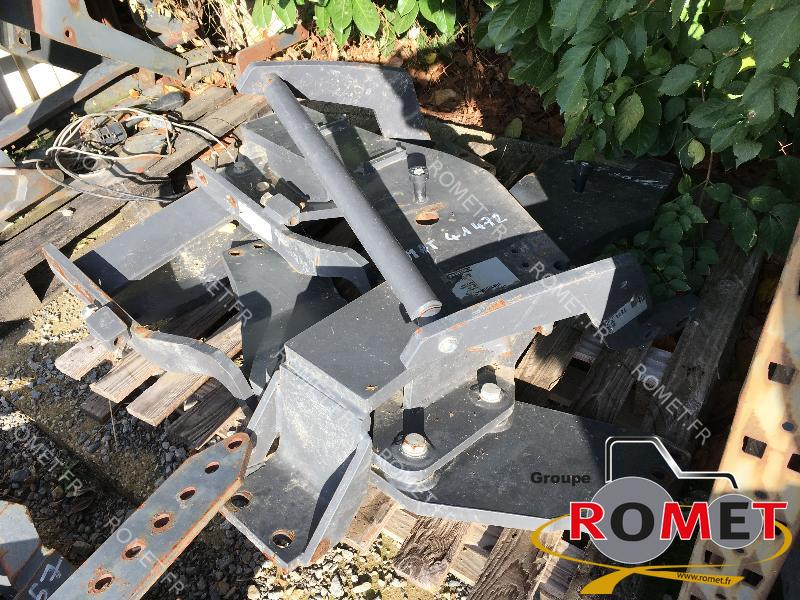 Front end loader adapter Alö Q66 - 1