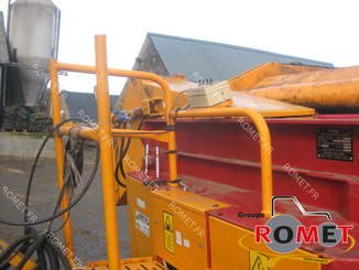 Forage wagon - straw shredder Gyrax 6500L - 1