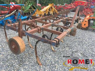 Stubble cultivator Bonnel 3 M - 2