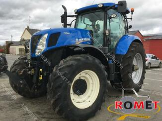 Farm tractor New Holland T7220 - 1