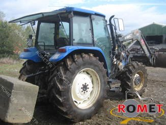 Farm tractor New Holland TLA100 - 3