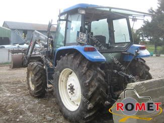 Farm tractor New Holland TLA100 - 4