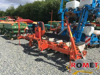 Precision seeder Kuhn PLANTER II - 1